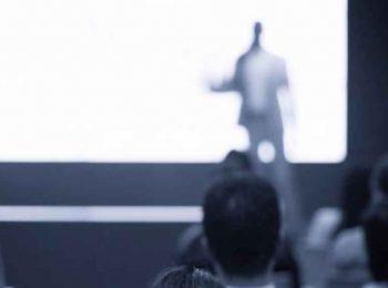 Bild: Vortrag mit Publikum (Shutterstock)