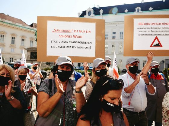 Protestaktion der ATB-Beschäftigten vor der Hofburg (flickr)